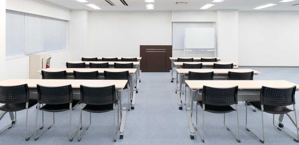 アクセア南浦和PC3F 第1貸会議室